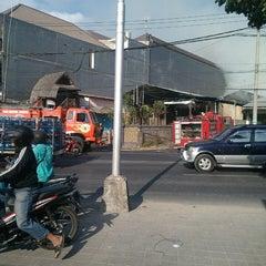 Photo taken at Jalan Mahendradata by Budhiwijaya (. on 9/24/2014