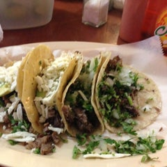 Photo taken at Tacos D' Marcelos by Carlos Z. on 11/8/2012