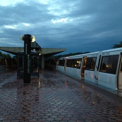 Photo taken at Greenbelt Metro Station by Michael S. on 10/15/2012
