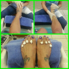 Photo taken at Amazing Nails by Bertha Lotje R. on 4/9/2014