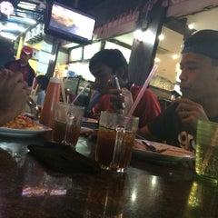 Photo taken at Bintang Sidewalk Cafe by Fiqry A. on 2/16/2015