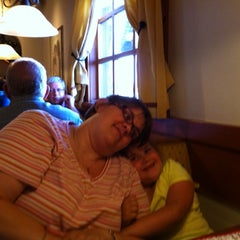 Photo taken at Olive Garden by David H. on 6/30/2014