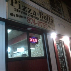 Photo taken at Pizza Bella by Adam Robert B. on 11/11/2012