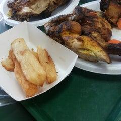 Photo taken at Power Chicken by Sadia B. on 4/27/2014