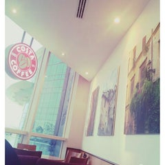 Photo taken at Costa Coffee | كوستا كوفي by F6oom.a on 8/27/2014