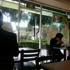 Photo taken at Subway by Héctor A. on 7/1/2015