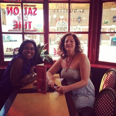 Photo taken at Café Rouge by Melisa Chioma R. on 6/17/2014