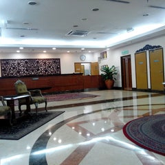 Photo taken at Hotel Putra KL by Opit on 3/24/2015