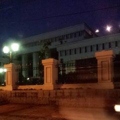 Photo taken at Mahkamah Agung Republik Indonesia by Rossi R. on 5/29/2014