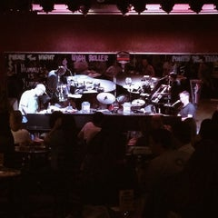 Photo taken at Sgt. Pepper's Dueling Piano Bar by Kirsten A. on 10/11/2014