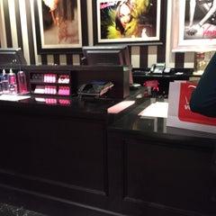 Photo taken at Victoria's Secret PINK by Latoiya A. on 10/1/2015