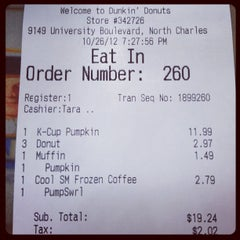 Photo taken at Dunkin' Donuts by Foodie P. on 10/26/2012