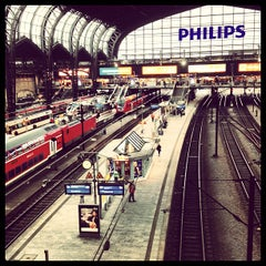 Photo taken at Hamburg Hauptbahnhof by Matt C. on 2/25/2013