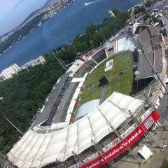 Photo taken at Beşiktaş İnönü Stadyumu Yeni Açık by Çağan U. on 5/28/2013