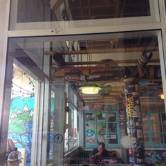 Photo taken at Wahoo's Fish Taco by William R. on 9/22/2015