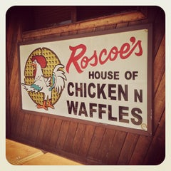 Photo taken at Roscoe's House of Chicken and Waffles by DJ Speed NWA on 6/26/2013