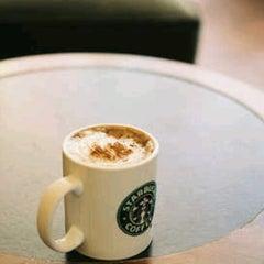 Photo taken at Starbucks by p̶u̶t̶r̶i̶ @. on 9/19/2012