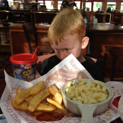 Photo taken at Red Robin Gourmet Burgers by Chris on 7/25/2012