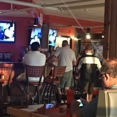Photo taken at Hooters by Floor B. on 7/28/2015