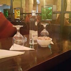 Photo taken at La Maison Du Cafe by nawaf alibrahim on 12/8/2014