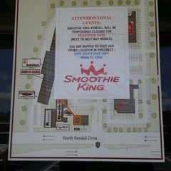 Photo taken at Smoothie King by P.A.T. on 5/8/2014