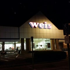 Photo taken at Weis Market by Chris S. on 9/23/2014