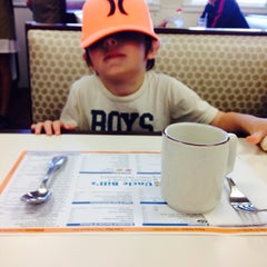 Photo taken at Uncle Bill's Pancake House by Happy H. on 5/25/2014