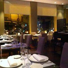 Foto tomada en Restaurante GOM por Krister L. el 2/1/2014