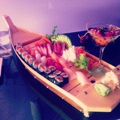 Photo taken at Tee-Jay Thai Sushi by @KevinHopper on 10/12/2012