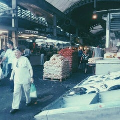 Photo taken at Petach Tikva Market (שוק פתח תקוה) by יבגני ק. on 10/1/2015