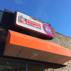 Photo taken at Dunkin' Donuts by Kevin B. on 11/8/2013