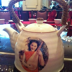 Photo taken at 大上海 by Susan W. on 12/16/2012