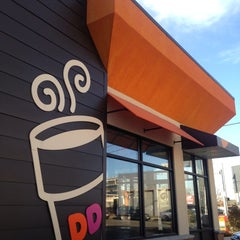 Photo taken at Dunkin' Donuts by Kate M. on 3/11/2014