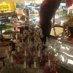 Photo taken at Brimfield HEART O MART by Don V. on 9/5/2013