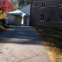 Photo taken at Evergreen House by Don V. on 11/13/2013