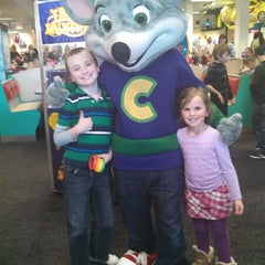Photo taken at Chuck E. Cheese's by Lori B. on 2/2/2015