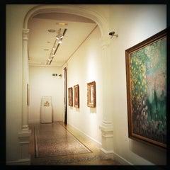 Photo taken at Fundación Francisco Godia by Lou C. on 5/28/2014