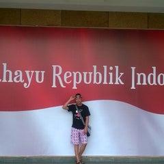 Photo taken at Sentral Senayan II by Mengk S. on 8/30/2014