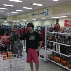 Photo taken at Ross Dress for Less by Musaab A. on 9/17/2013