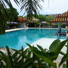 Photo taken at Chalong Beach Hotel & Spa by Glenn D. on 5/5/2014