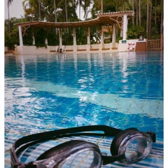 Photo taken at Q House Laddalom Swimming Pool by Alice _. on 7/21/2015