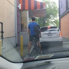 Photo taken at Dunkin Donuts by Adrian R. on 8/21/2015