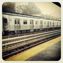 Photo taken at MTA Subway - Marcy Ave (J/M/Z) by Charles G. on 11/12/2012