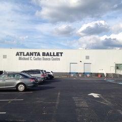 Photo taken at Michael C. Carlos Dance Centre - Atlanta Ballet by Ethan T. on 6/9/2014