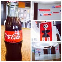 Foto tomada en Coca-Cola Headquarters por Eric W. el 6/18/2015