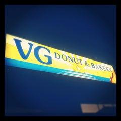 Photo taken at V.G. Donut & Bakery by .kristine. on 12/2/2012