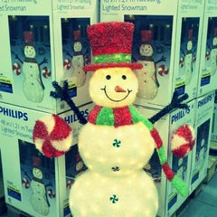 Photo taken at Costco Wholesale by Louie I. on 9/27/2012