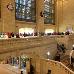 Photo taken at Apple Store, Grand Central by Martin O. on 12/26/2012