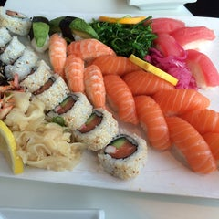 Photo taken at Sushi Yama by Dennis V. on 2/16/2014
