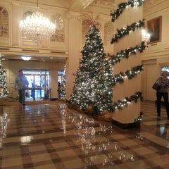 Photo taken at Hotel Monteleone by Kimberly W. on 12/1/2012